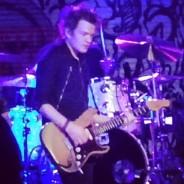 deryck whibley back on stage