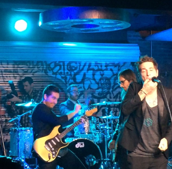 Jeremy Piven and Deryck Whibley Rock Out in Hollywood